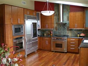 Kitchen remodeling ideas for small kitchens for Kitchen remodels for small kitchens