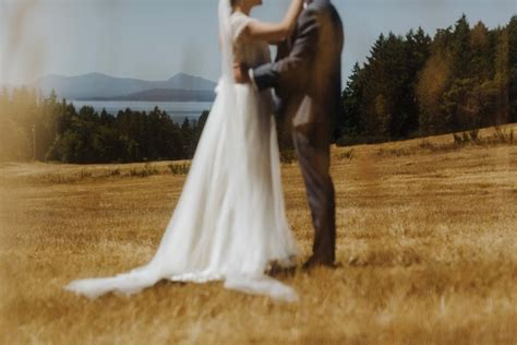 Gulf Islands Wedding / Saltspring Island BC