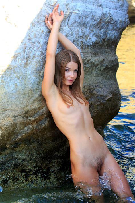 nedda a in ekalis by met art 16 photos erotic beauties
