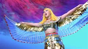 Katy Perry – Dark Horse Music Video 09 | Scopecube