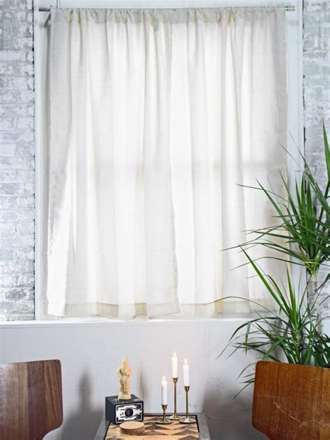 how to hang up curtain rods how to hang curtain rods how tos diy 8674