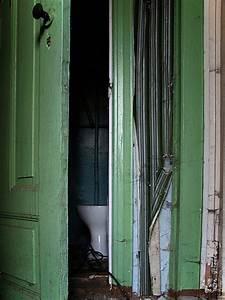 Hinter Der Tür : hinter der t r lauert foto bild architektur ~ Watch28wear.com Haus und Dekorationen