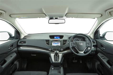 2014-honda-cr-v-diesel-dti-s-interior