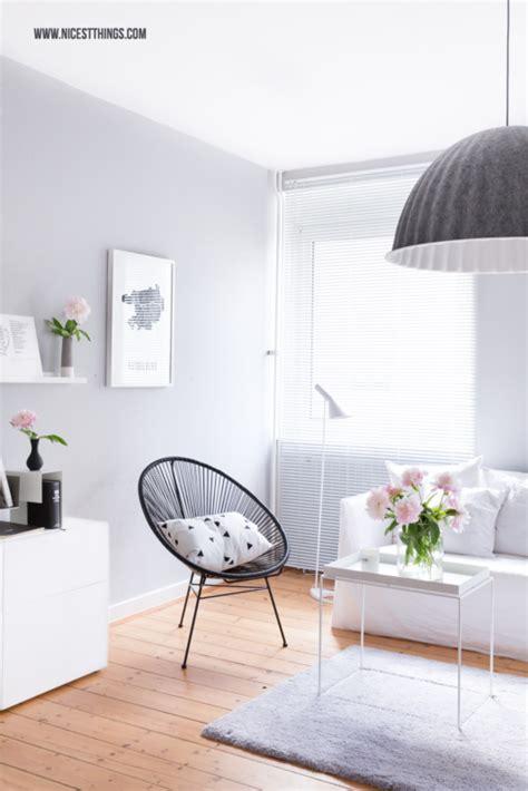 wohnzimmer graue wand diy wolken garderobe moderne aufbewahrung im flur nicest things