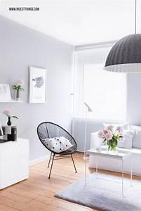 Graue Couch Wohnzimmer : diy wolkengarderobe im flur neue aufbewahrungsl sungen ~ Michelbontemps.com Haus und Dekorationen