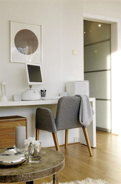 bureau console ikea an ikea malm occasional table used as a desk i want one