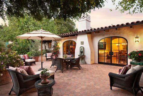 extraordinary luxurious mediterranean patio designs