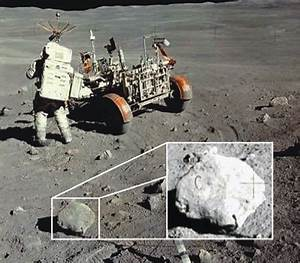 Top 10 Reasons The Moon Landings Could Be A Hoax ...