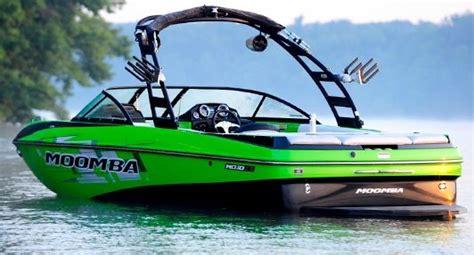 Wakeboard Boat Insurance by 2013 Moomba Mojo 2 5 Buyers Guide Boattest Ca