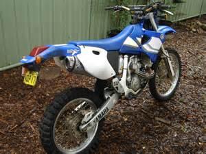 Yamaha 400 Dirt Bike