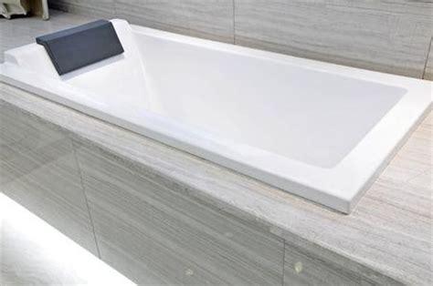 nettoyer une baignoire astuces pratiques
