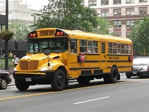 Benefits of Ele... School Bus
