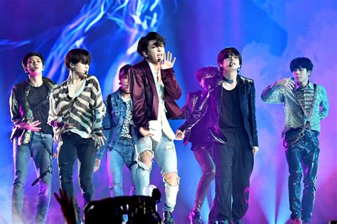 Bts Repeated As Top Social Artist At The Billboard Music Awards