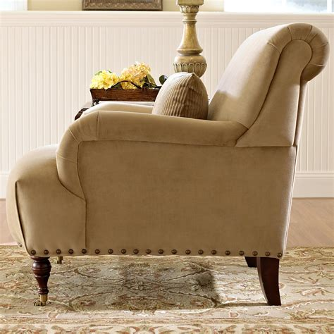 traditional accent chair  english arms  turned legs