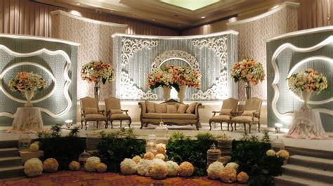 sewa dekorasi pernikahan  solo