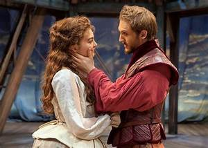 Chicago Shakespeare Theater charmingly adapts Oscar ...