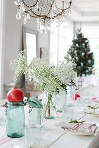 table decorations for christmas Dreamy Whites: A Simple Christmas Table Setting
