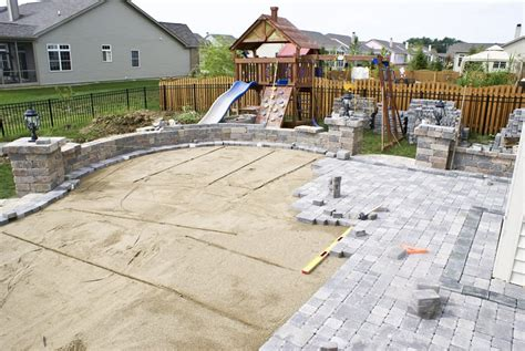 Patio Construction by Building A Patio Landscaping Network