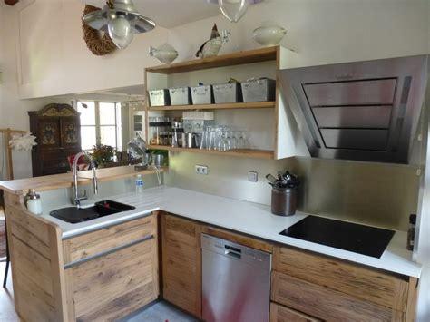cuisine inox et bois cuisiniste avignon 84 cuisine en chêne plan travail