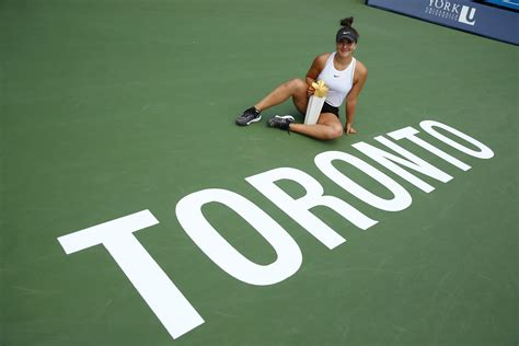 andreescu  rogers cup champion  injured serena williams retires rogers cup