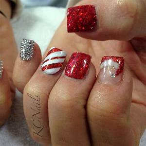 Christmas nails! Red & silver nails with rhinestone pinky ...