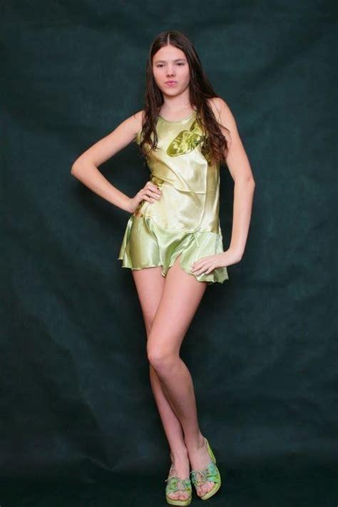 Teen Nude Sandra Orlow