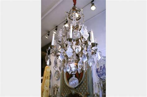 le march 233 biron lustre bagu 232 s en cristal de baccarat