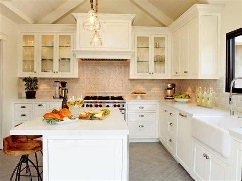 white farmhouse kitchen christopher grubb hgtv