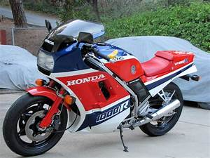Honda Vf 750 : 1989 honda vf750f moto zombdrive com ~ Melissatoandfro.com Idées de Décoration