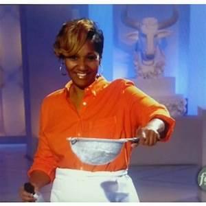 Kimberly Hall on Twitter u0026quot;Robinu0026#39;s Jeans Cake yesss! @RobinsJeans http//t.co/rvoW3j8WlTu0026quot;