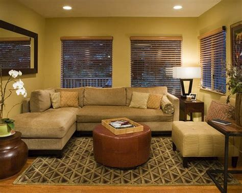 Decorating Ideas For Family Room by Decorating A Small Family Room Houzz