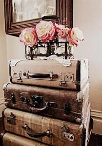 Valise Vintage Pas Cher : d co vintage pas cher ou luxueuse pour les amateurs de ce style fort int ressant ~ Teatrodelosmanantiales.com Idées de Décoration
