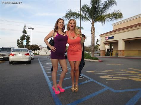 Double Dose Twins Xnxx Homecoming Ntimate