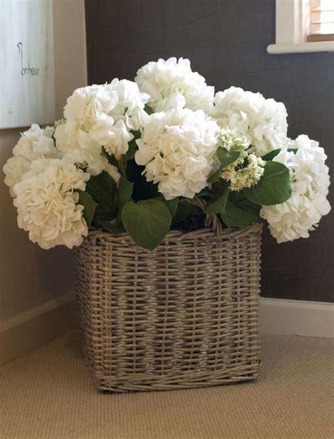 25 Best Ideas About Hydrangea Arrangements On Pinterest