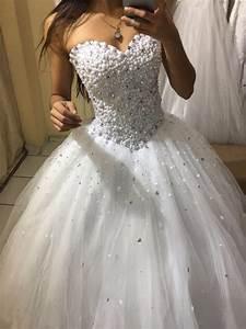Vestido De Noiva Em Corpete E Saia Princesa Com Pedras