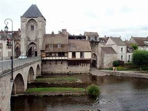 Leboncoin Champagne Ardennes : 7 best troyes images on pinterest cities paris france and champagne region france ~ Medecine-chirurgie-esthetiques.com Avis de Voitures