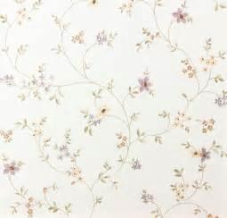 barbara becker design landhaus tapete fleuri pastel a s 93770 1 937701 blumenranke violett grün weiß