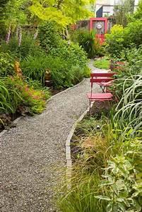 faites votre belle allee de jardin a laide du gravier With idee deco jardin gravier 1 creer le plus beau jardin avec le gravier pour allee