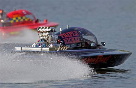 Speed Boat Engine by Racing Speed Boats Engine