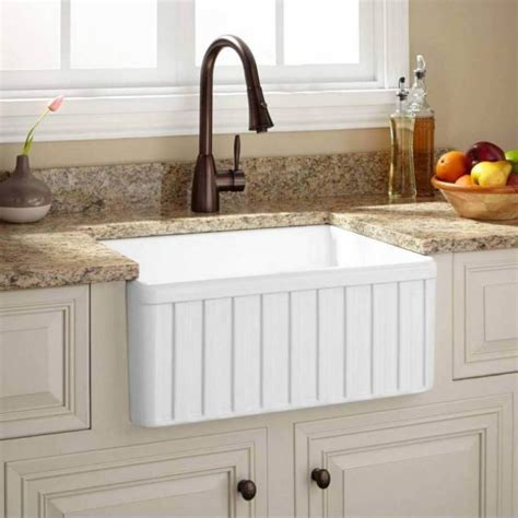 who makes the best kitchen sinks fireclay farmhouse kitchen sink 2120