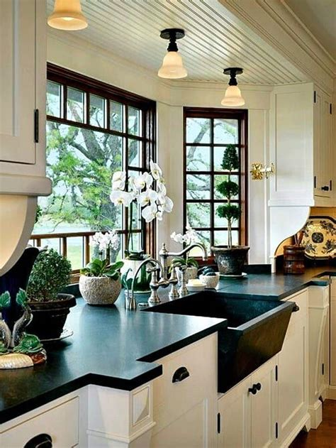 black  white  sensational kitchens  inspire