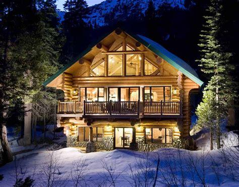 wooden house preparation  winter  ways  preparation