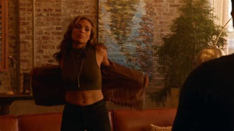 Naked Ciara Renée In Legends Of Tomorrow