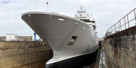 la rochelle le maxi yacht ulysses va quitter le grand port maritime sud ouest fr