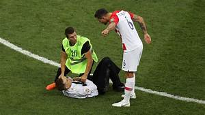 2018 World Cup final: Pitch invaders interrupt France vs ...