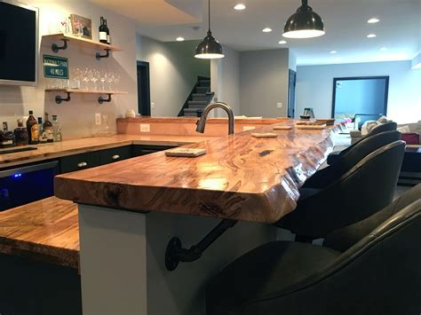 Photos of Wet Bars in Basement Remodels