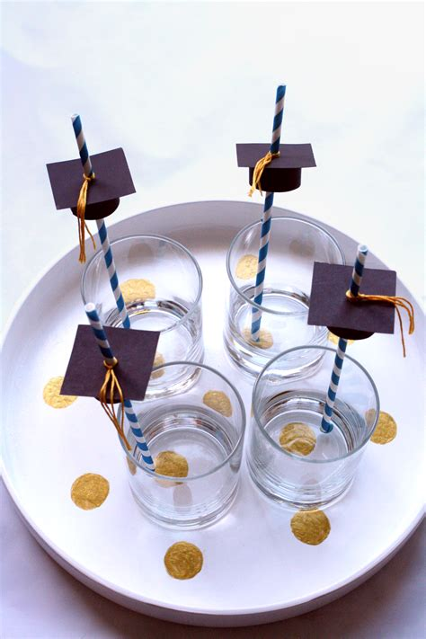 glitter in my tea diy graduation cap straw toppers