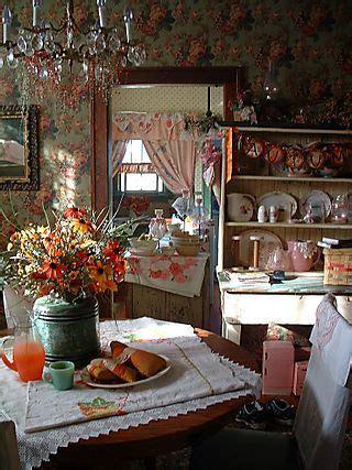 cottage kitchen wallpaper 25 best country kitchens ideas on 2662