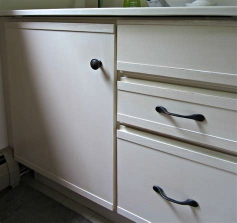 Painting Laminate Bathroom Cabinets - painting laminate cabinets diy cabinets
