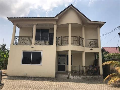 bedroom house  rent  west airport houses  sale